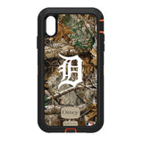 OtterBox RealTree Defender Series Phone case with Detroit Tigers Primary Logo