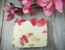 Load image into Gallery viewer, Rose Quartz Soap