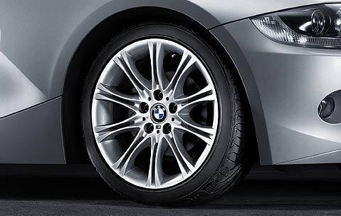 "1x BMW Genuine Alloy Wheel 18"" M Style 135 Rear"