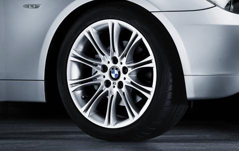 "1xBMW Genuine Alloy Wheel 18"" M Double-Spoke 135 Rim"