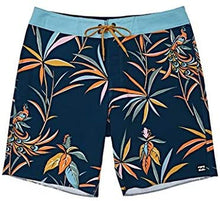Load image into Gallery viewer, Billabong Boys' Sundays Pro Boardshorts Blue Small/4