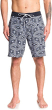 "Load image into Gallery viewer, Quiksilver Mens Highline Tamarama 19"" - Board Shorts for Men Boardshorts Blue 29"