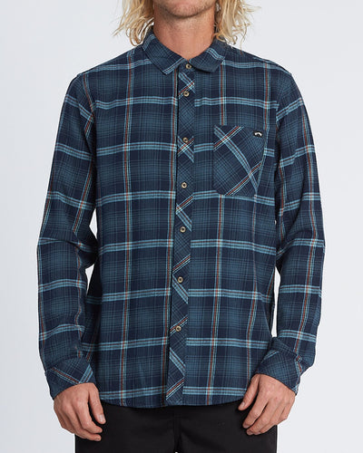 Billabong Men's Freemont Flannel Long Sleeve Shirt, Navy