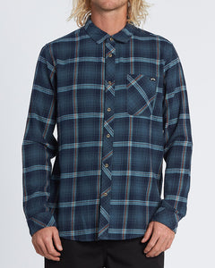 Billabong Men's Freemont Flannel Long Sleeve Shirt