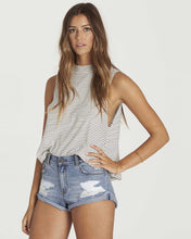 Load image into Gallery viewer, Billabong Women's One Way Street Cutoff Shorts, (BUD)