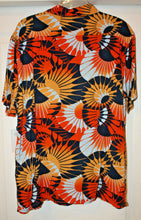 Load image into Gallery viewer, Billabong Men's Sundays Vacay Hawaiian Shirt