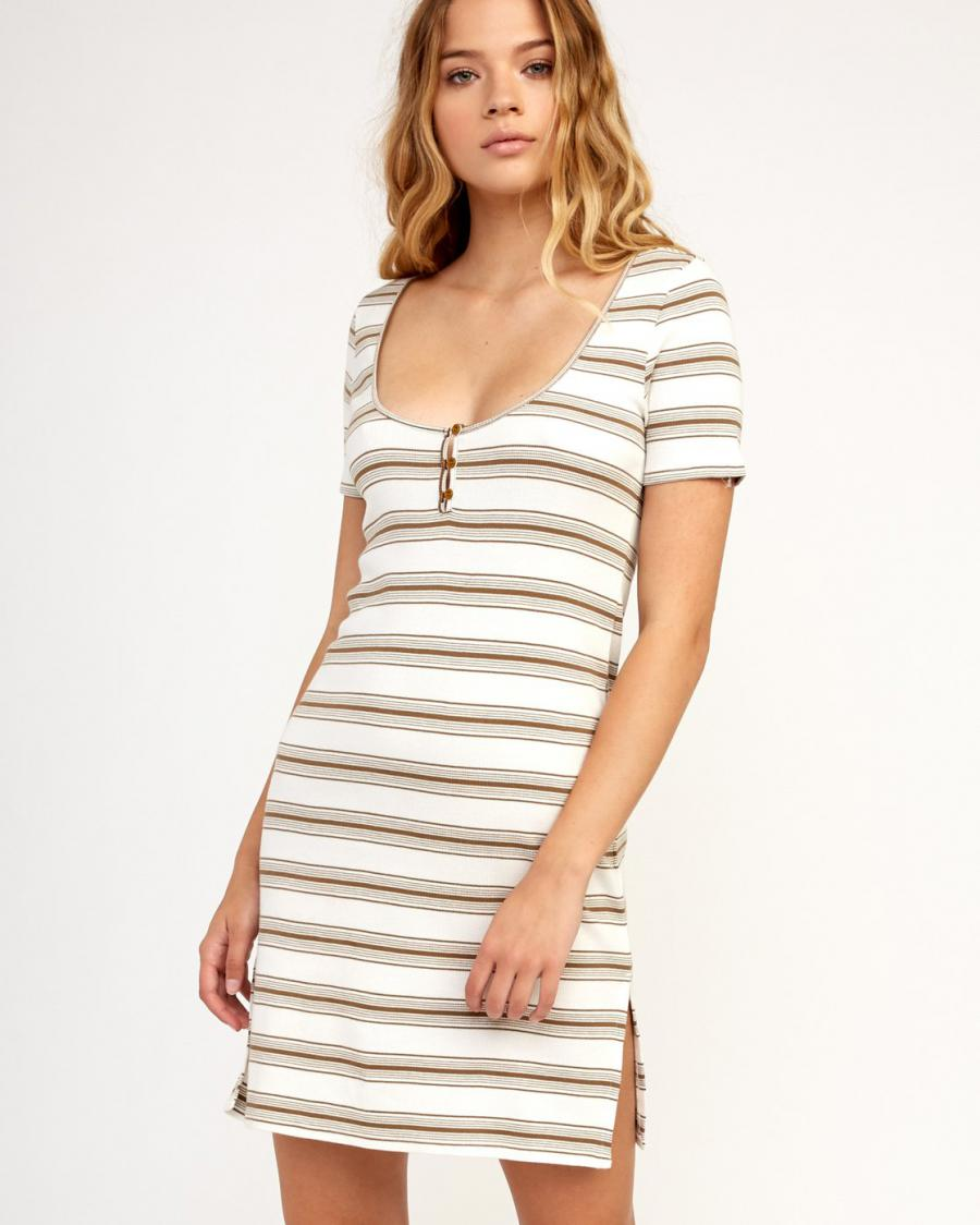 RVCA Juniors Vamp Kint Dress, (TAN) Tan