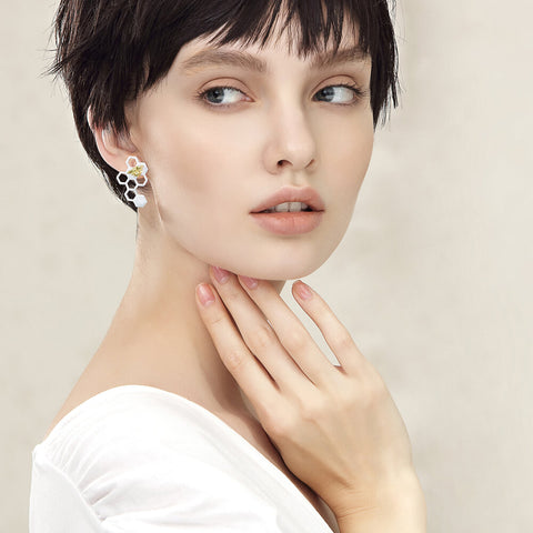 Best Earrings for Pixie Haircut