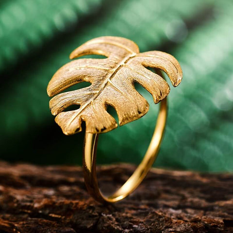 Best Fashion Rings for Short Fingers
