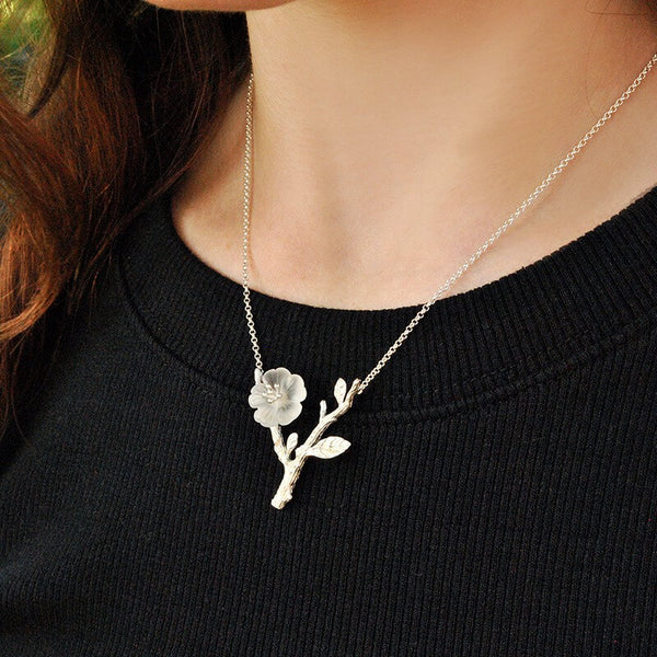 UNIQUE NECKLACES WITH MEANING FOR HER