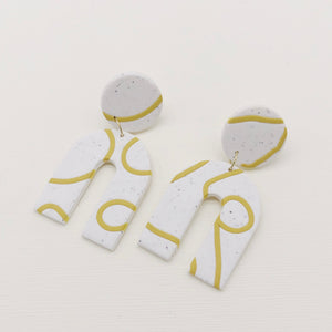 Squiggle Line Clay Arch Earrings - Heritage & Bloom