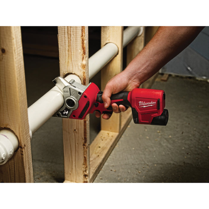 Milwaukee 2470-21 M12 Cordless Shear Kit - Image 3
