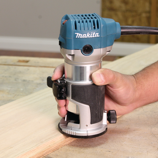 Makita RT0701C Compact Router Image 2