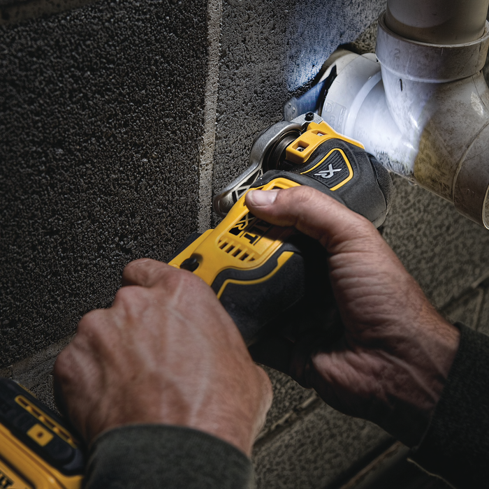 DeWalt DCS356D1 Multi-Tool Kit Image 3