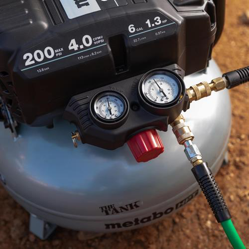 Metabo HPT EC914SM THE TANK 6-Gallon High Capacity Pancake Air Compressor Image 2