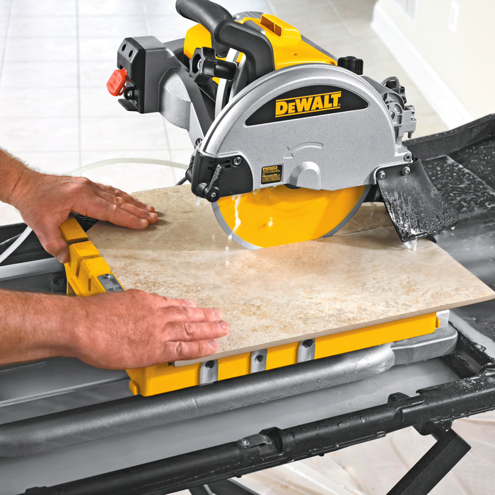 DeWalt D24000 Tile Saw Image 3
