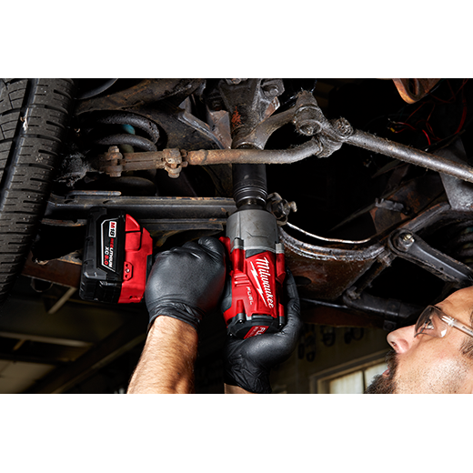 Milwaukee 2767-22 M18 Fuel Impact Wrench Kit Image 3