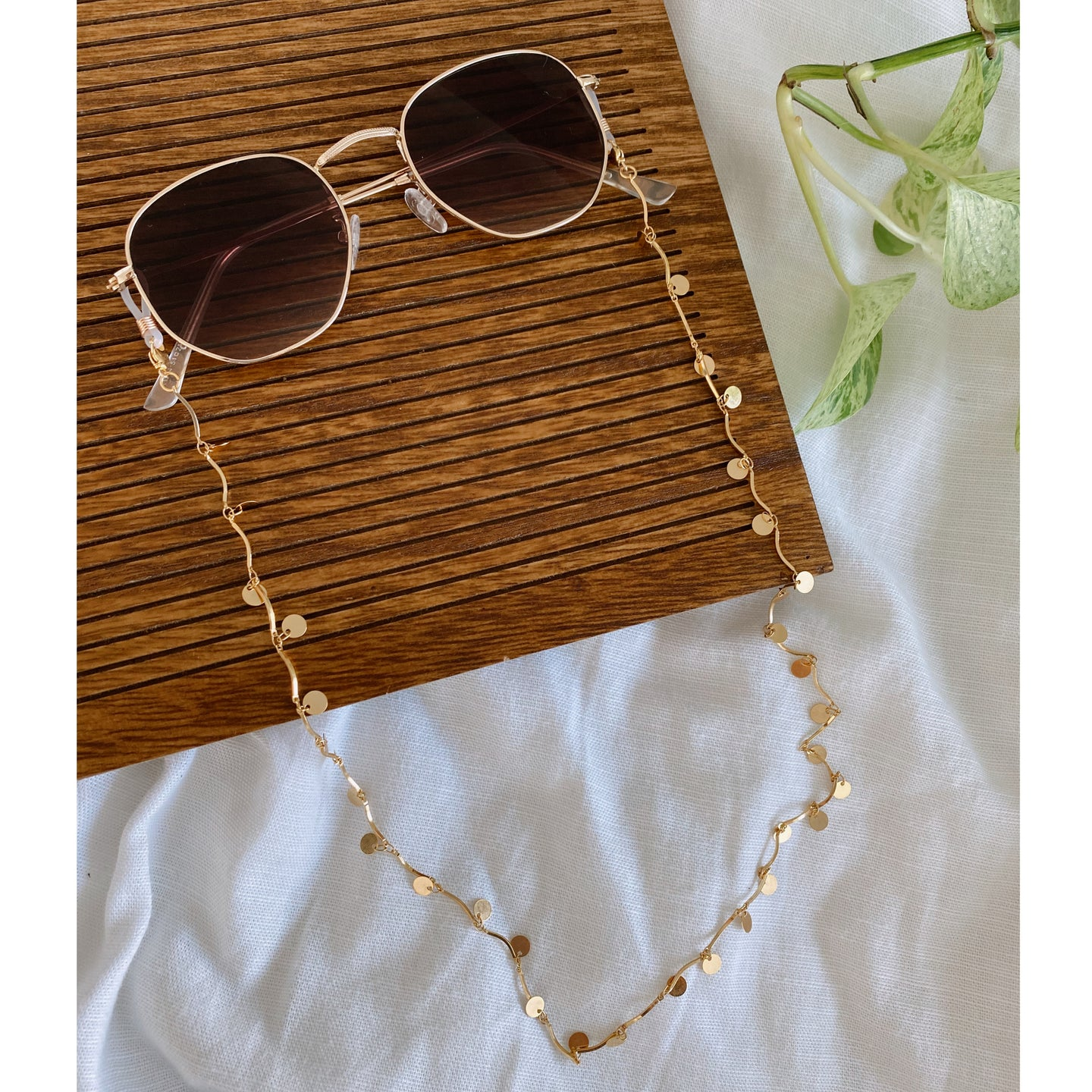 Shimmy Glasses Chain
