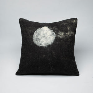 The Luna Wool Pillow