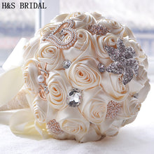 Load image into Gallery viewer, 8 Colors Gorgeous Wedding Flowers Bridal Bouquets Artificial Wedding Bouquet Crystal Sparkle With Pearls 2020 buque de noiva