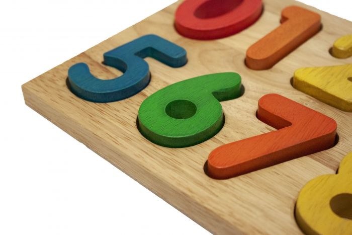 Qtoys - Wooden Number Puzzle (Rainbow)