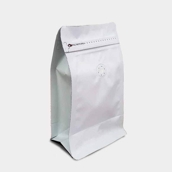 White coffee gusset bag quad seal with zip lock