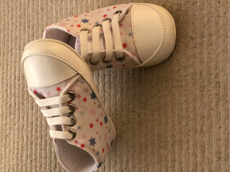 Star Printed Soft Bottom Crib Shoes for Little Ones - White - shopfils.com