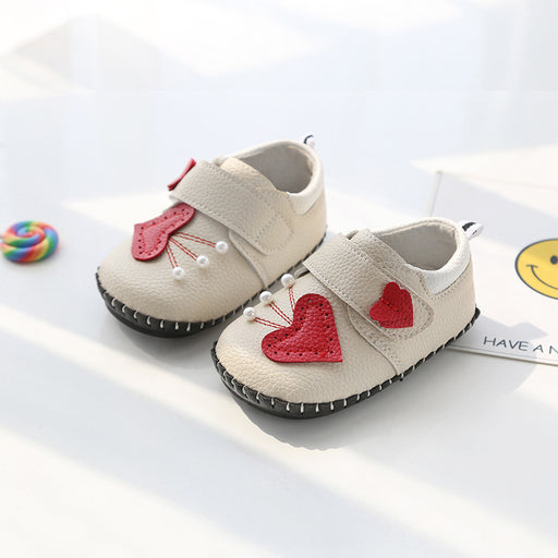 Cute Heart and Pearl Shoes for Infants - Cream - shopfils.com