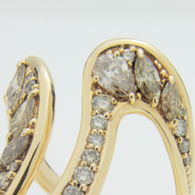 Load image into Gallery viewer, 18kt Gold Cuff and Ring Suite Set With Diamonds