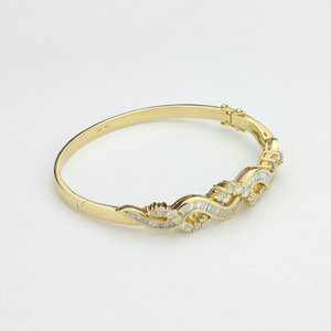 18k Gold Diamond Bracelet - The Antique Guild