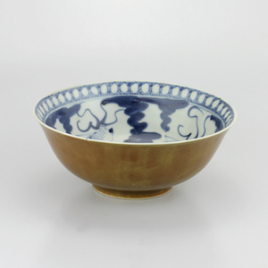 18th Century Chinese Porcelain Bowl - The Antique Guild
