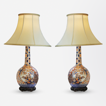 Load image into Gallery viewer, Pair of Bottle Shaped Imari Lamps
