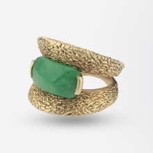 Load image into Gallery viewer, 14kt Yellow Gold and Jade Ring