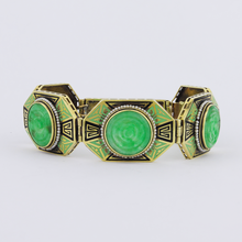 Load image into Gallery viewer, Art Deco 14K Yellow Gold Jadeite Enamel Bracelet