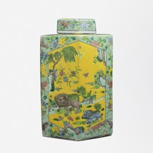 Load image into Gallery viewer, Pair of Qing Dynasty Polychrome Ginger Jars in the Kangxi Style