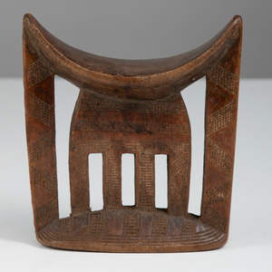 Carved Wood Headrest by the Kambatta or Arussi Culture - The Antique Guild