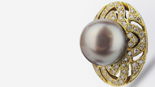 Load image into Gallery viewer, 18kt Tahitian Pearl and Diamond Stud Earrings