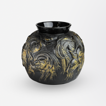 Load image into Gallery viewer, Rare Sabino Art Glass Vase of Birds in Flight