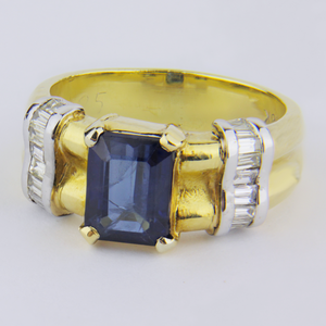 Gold, Diamond and Sapphire Ring