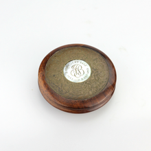 Load image into Gallery viewer, Mahogany Mourning Snuff Box - The Antique Guild