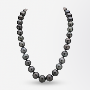 33 Tahitian Pearl Strand With 14kt White Gold Clasp