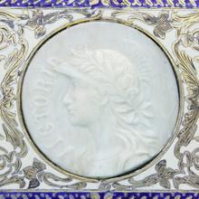 Load image into Gallery viewer, Sterling Silver Snuff Box with Queen Victoria Plaque