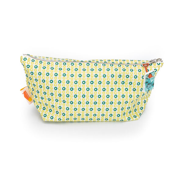 Zest Celery Slice Print Wash Bag