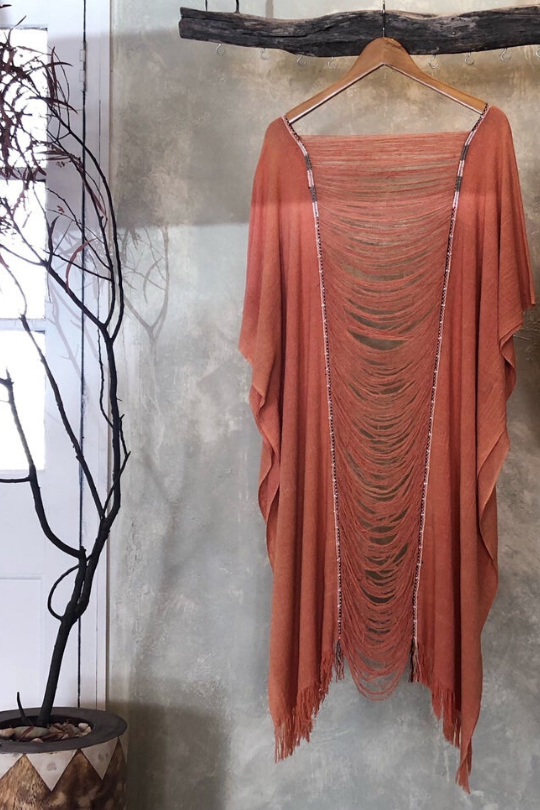 Sundance kaftan w beaded detail - Coral Dust