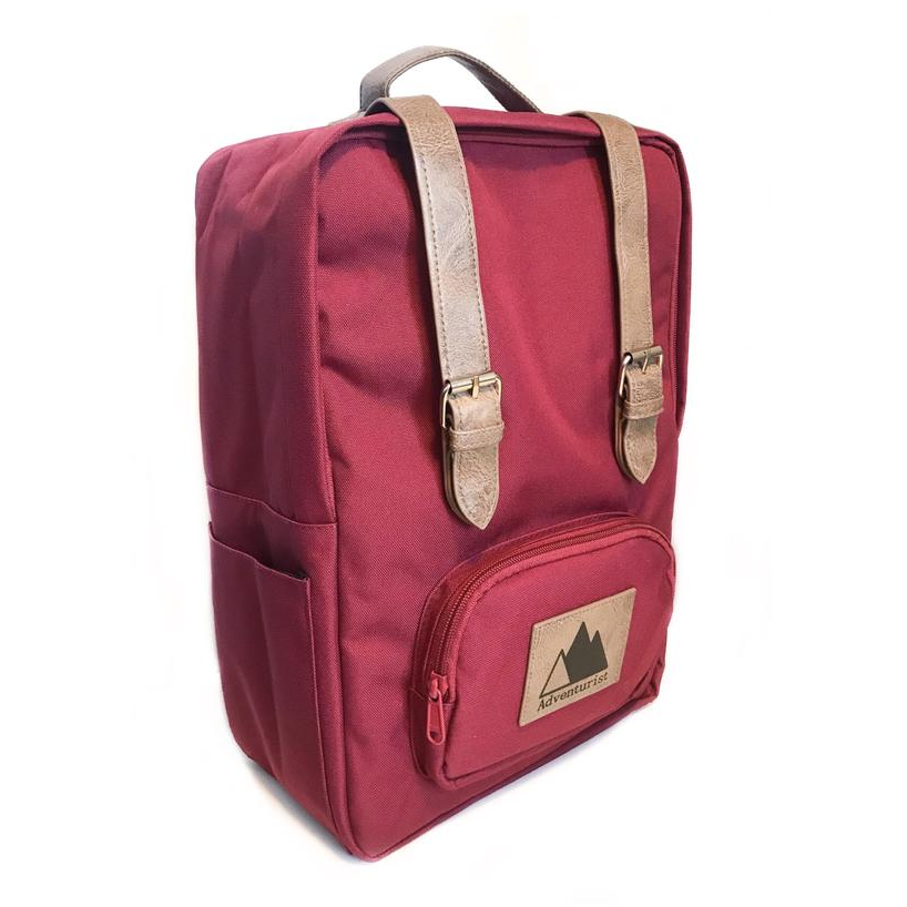 Adventurist Classic Backpack, Red