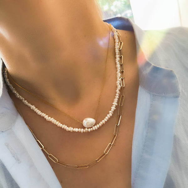 Daisy Necklace<br> Κολιέ με μαργαριτάρι