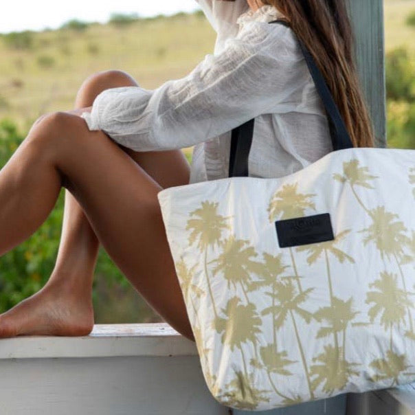 Coco Palms Day Tripper Bag