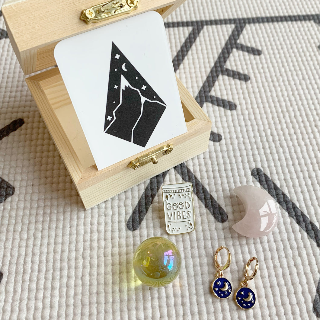 MINI MOON BOX