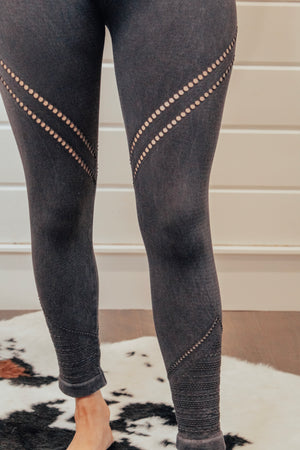 Black Leggings With Leg Detail