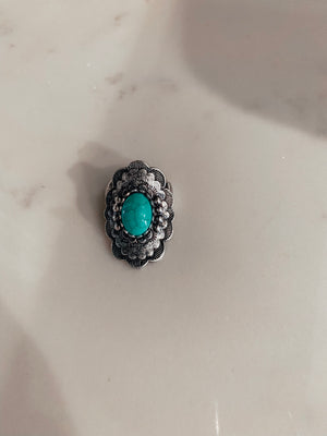 Round Flower Turquoise Ring